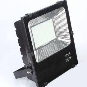 projecteur-led-200w-professionnel-ip65-factorled